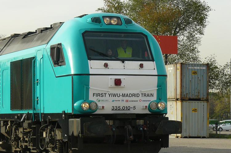 Locomotora del tren que llagaba a Abroñigal desde China
