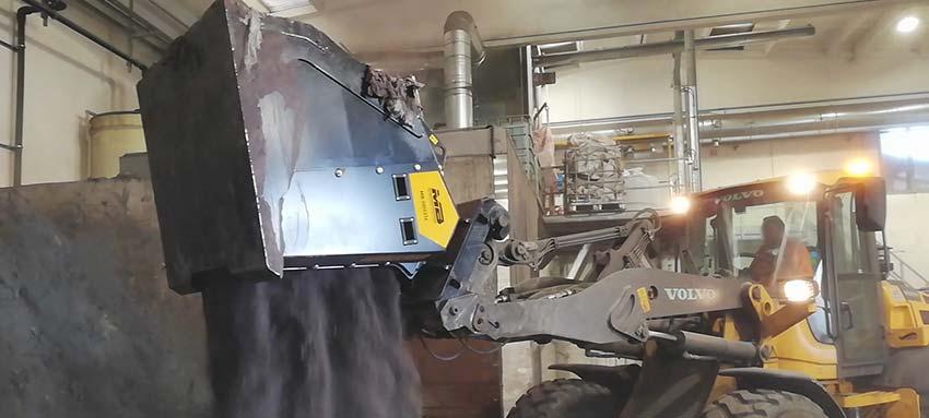 ¿Qué materiales puede trabajar la cuchara seleccionadora MB-HDS?