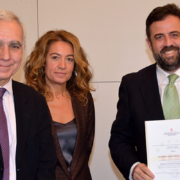 """Entrega del Distintivo de """"Garantía de Calidad Medioambiental"""" para URSA"""