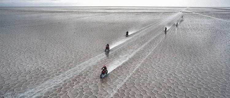 Imagen aérea de las motos en el Dakar 2015