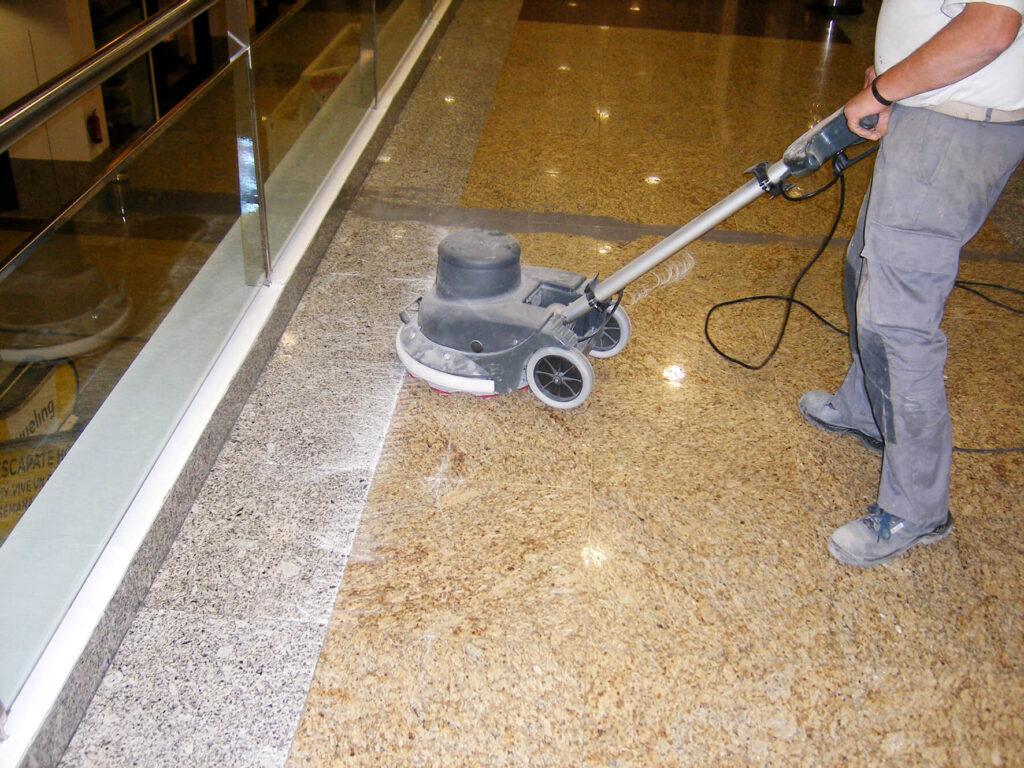 Diamantado y limpieza de la superficie