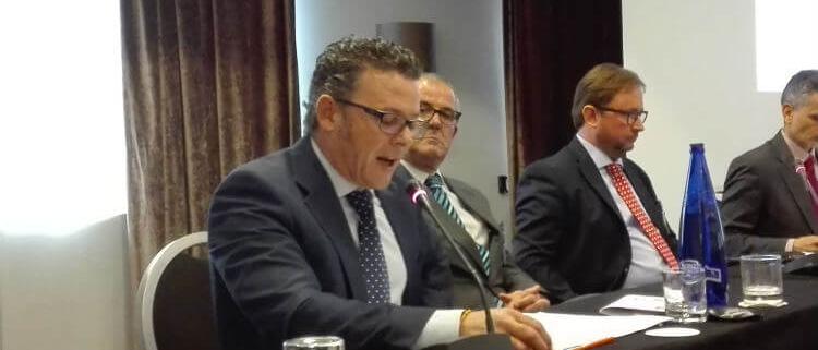 D. Rafael Oliveros Calderón, Director General de Formulaciones, S.A. Mercado del poliuretano.