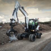 Bobcat presenta la nueva excavadora de ruedas E57W de Fase IIIB