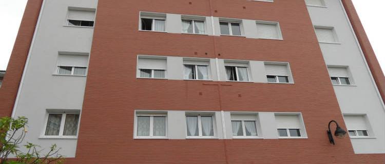 Soluciones Weber para la rehabilitación eficiente de una fachada con ladrillo caravista