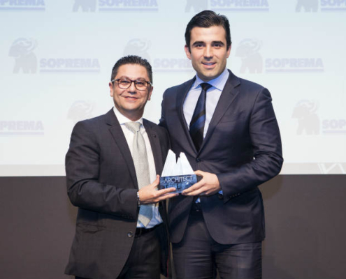 Santiago Calatrava recibe el premio Middle East Architect