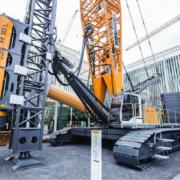 Liebherr presenta en la feria Bauma 2016 la máquina de hinca LRH 600 con el nuevo martillo hidráulico de caída libre