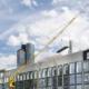 Wiesbauer emplea una grúa de construcción móvil Liebherr MK 140 en Fráncfort