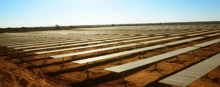 ACCIONA participará en la construcción de la mayor planta fotovoltaica del mundo, en Dubái