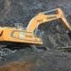 BRCM trabaja con la excavadora sobre cadenas Liebherr R 946