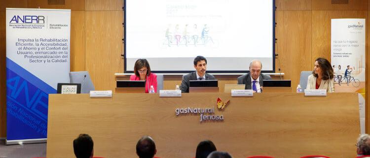 Gas Natural Distribución y ANERR firman un acuerdo de colaboración
