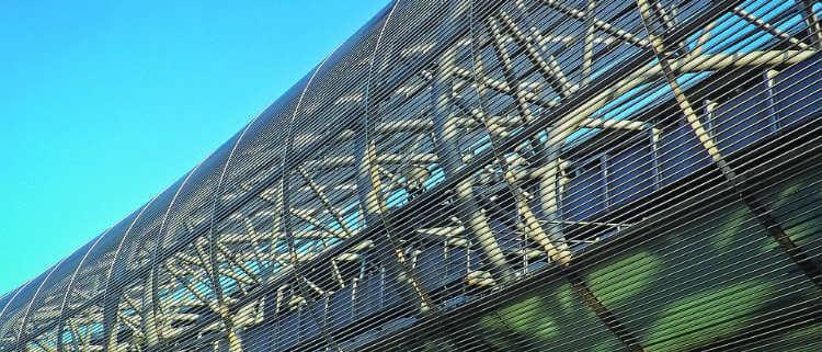 Las cinco cualidades del aluminio que le hacen conferir espectacularidad a la arquitectura