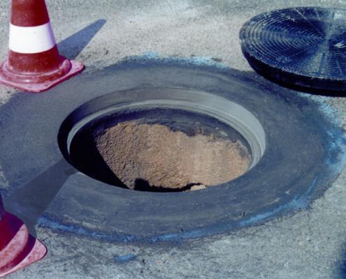 Webertec trafic: micro-hormigón rápido para fijación en áreas de tráfico