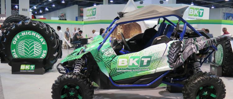 BKT presenta AT 171 y Agrimax V-Flecto en SEMA 2017
