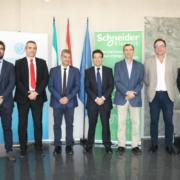 La UAL y Schneider Electric España formarán en tecnologías digitales para gestión energética y automatización