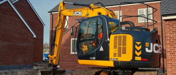 JCB lanza la excavadora T4F con radio de giro reducido