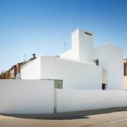 Comportamiento de una fachada en una vivienda de energía casi nula