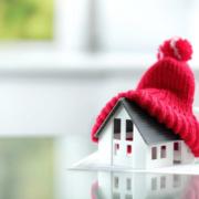 Reducción del consumo energético de los edificios aislando cubiertas y fachadas