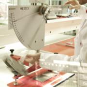 Nueva acreditación de ENAC relacionada con ensayos de resistencia al deslizamiento