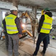 Los robots Brokk y Perfox demuelen el interior del edificio España