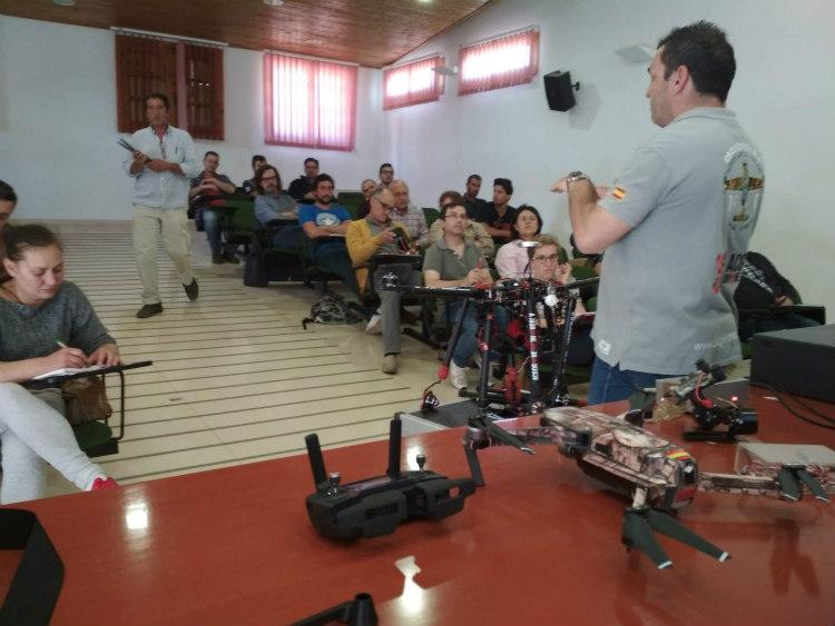 ACG Drone imparte formación sobre drones en el sector Agrario