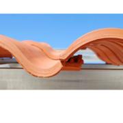 Diseño y altas prestaciones se unen en la teja mixta cerámica Klinker Hydra