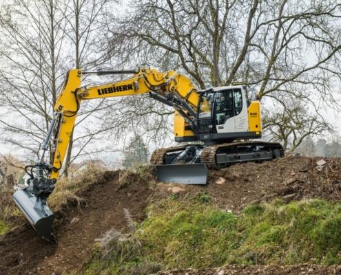 Liebherr inicia la producción en serie de la nueva excavadora compacta R 926 Compact