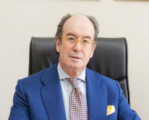 Alfredo Berges, vicepresidente de UNE, en representación de ANFALUM