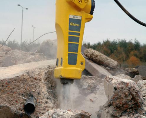 25º aniversario de los martillos hidráulicos SB de Epiroc