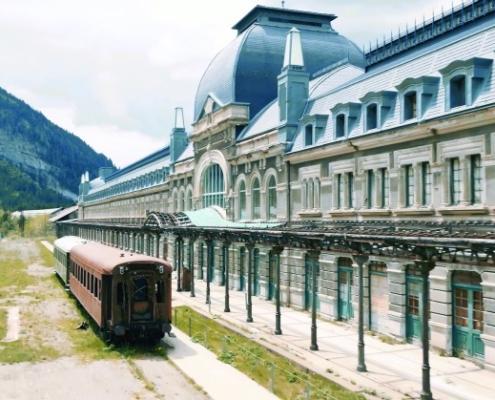 Acciona y Avintia Construcción preparan la Estación de Canfranc para comenzar las obras