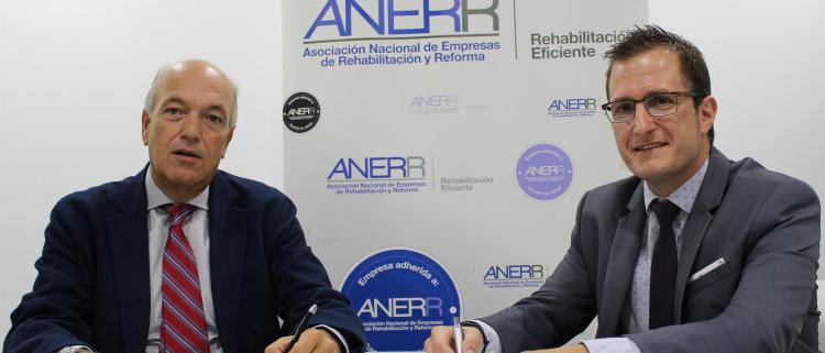 Acuerdo entre ANERR y FORLOPD para el asesoramiento en protección de datos