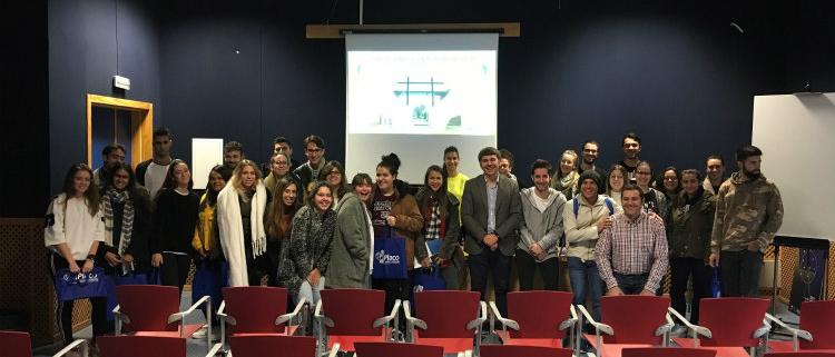Placo muestra sus soluciones a estudiantes del Grado Superior de Diseño de Interiores