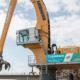 Primera máquina de manipulación de material Liebherr LH 150 con accionamiento eléctrico en un puerto fluvial