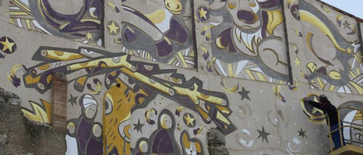 Weber en la medianera del Pesebre Viviente de Linyola