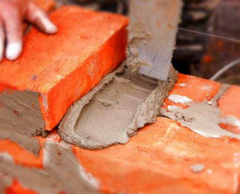 La demanda de cemento estanca su crecimiento interanual al 10% en octubre