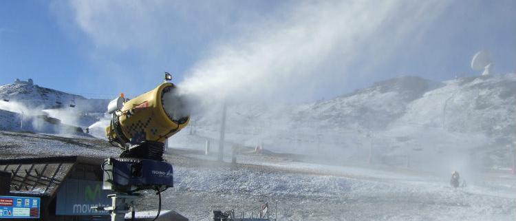 Suministros PAM para la renovación de la red de nieve en la estación de Sierra Nevada