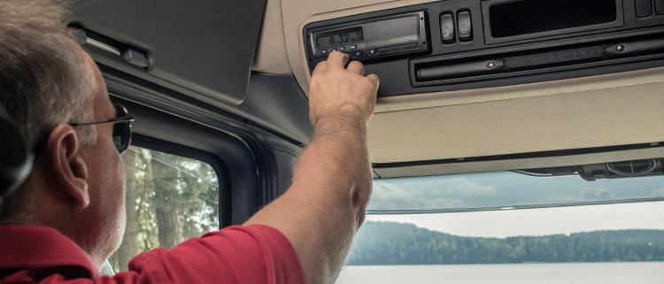 Datos seguros y accesibles con la descarga remota de tacógrafo de Scania