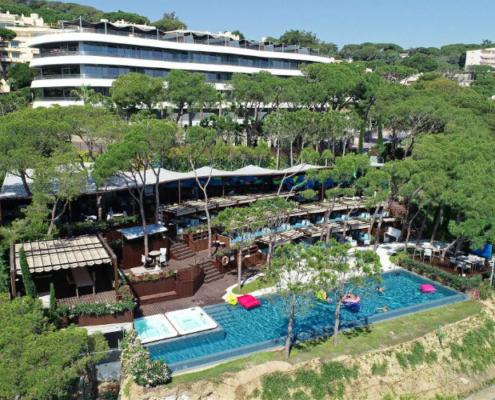 Referencia de Obra Mapei: Hotel Alàbriga & Home Suites