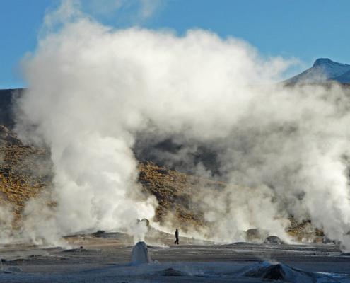 El consorcio formado por Sacyr Industrial y Ormat construirá una planta geotérmica en Bolivia