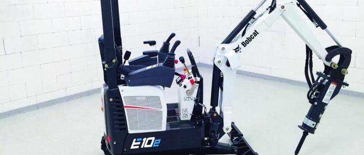 Bobcat presenta la primera miniexcavadora eléctrica de una tonelada del sector