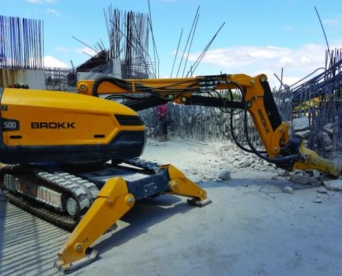 Anzeve integra toda la maquinaria necesaria para realizar trabajos de demolición