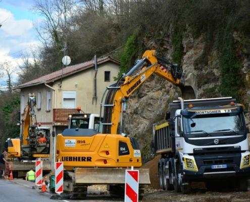 Excavadoras A 914 Compact y R 914 Compact para Montagnier TP