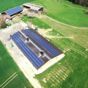 SOLARWATT instala la primera granja avícola de autoconsumo en Suiza