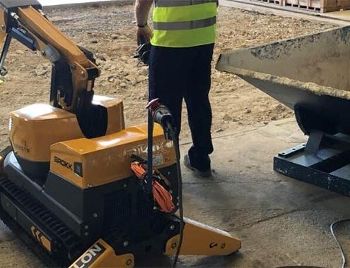 F J Carralón ha adquirido el Robot Brokk 70 por su gran potencia