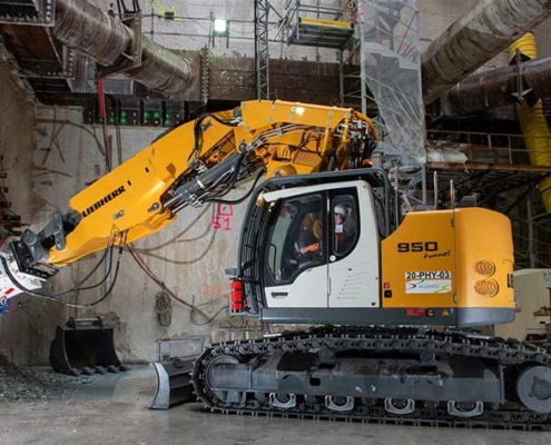 Liebherr R 950 Tunnel en el corazón del Grand Paris Express