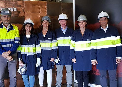 Delegación del BBVA visita el complejo metalúrgico de Atlantic Copper