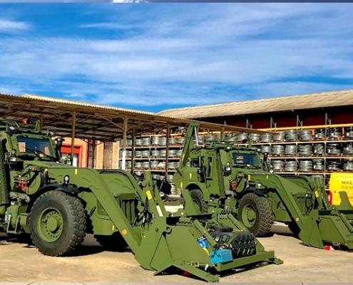 2 nuevas retroexcavadoras blindadas JCB HMEE para el Ejército Español