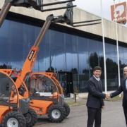 AUSA se alía con JLG, fabricante mundial de manipuladores telescópicos