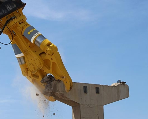 Dos nuevas mordazas de hormigón Epiroc para la demolición