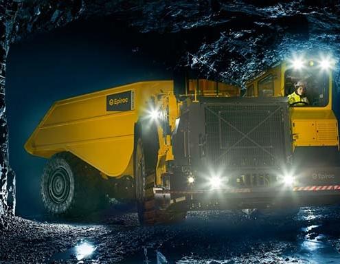 Epiroc mejora aún más el camión minero Minetruck MT65