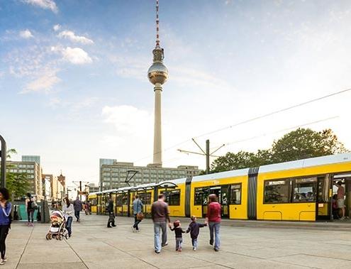 Bombardier suminstra tranvía número 200 a Transporte de Berlín